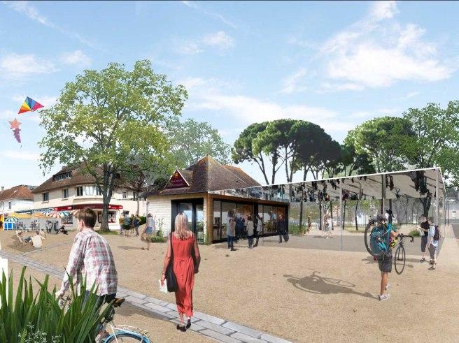 La place de la plage et la nouvelle halle travaillant la limite avec le parc d'agrément stationné